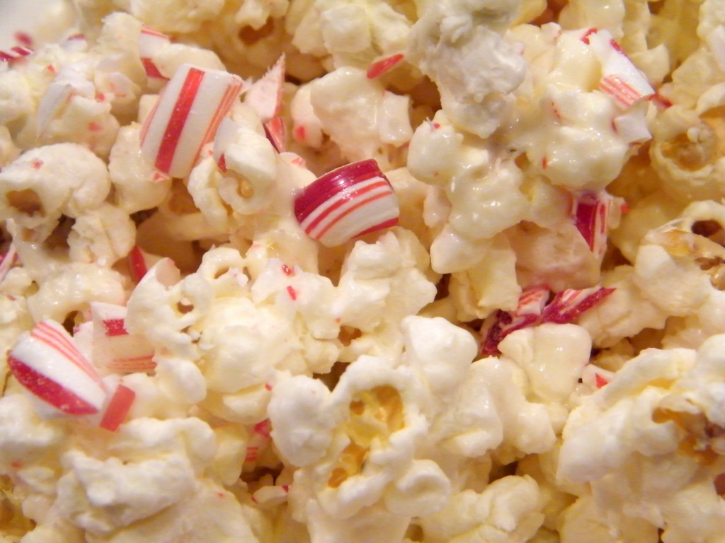 White Chocolate Candy Cane Popcorn | Who Needs A Cape?