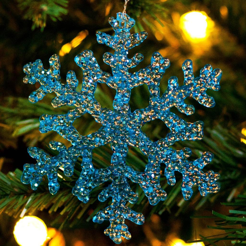 Christmas Organization Tips | Who Needs A Cape?