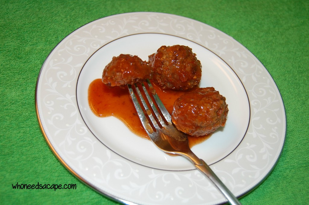 Easy Sweet & Sour Meatball Appetizer ~ Who Needs a Cape?