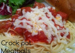 Easy Crock Pot Meatballs | Who Needs A Cape?