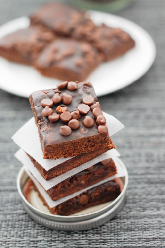 greek-yogurt-chocolate-brownies