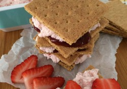 Graham Cracker Stackers | Who Needs A Cape?