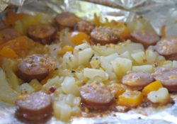 Cheesy Potato & Sausage Foil Packets