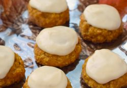 Chai Frosted Pumpkin Oatmeal Cookies #PumpkinWeek